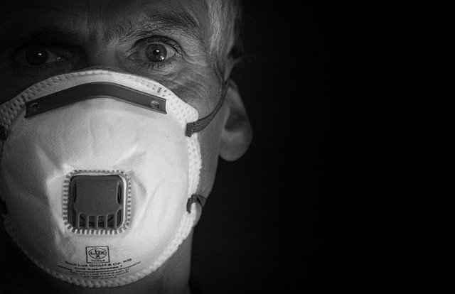 ВОЗ: пандемия COVID-19 может закончиться в следующем году